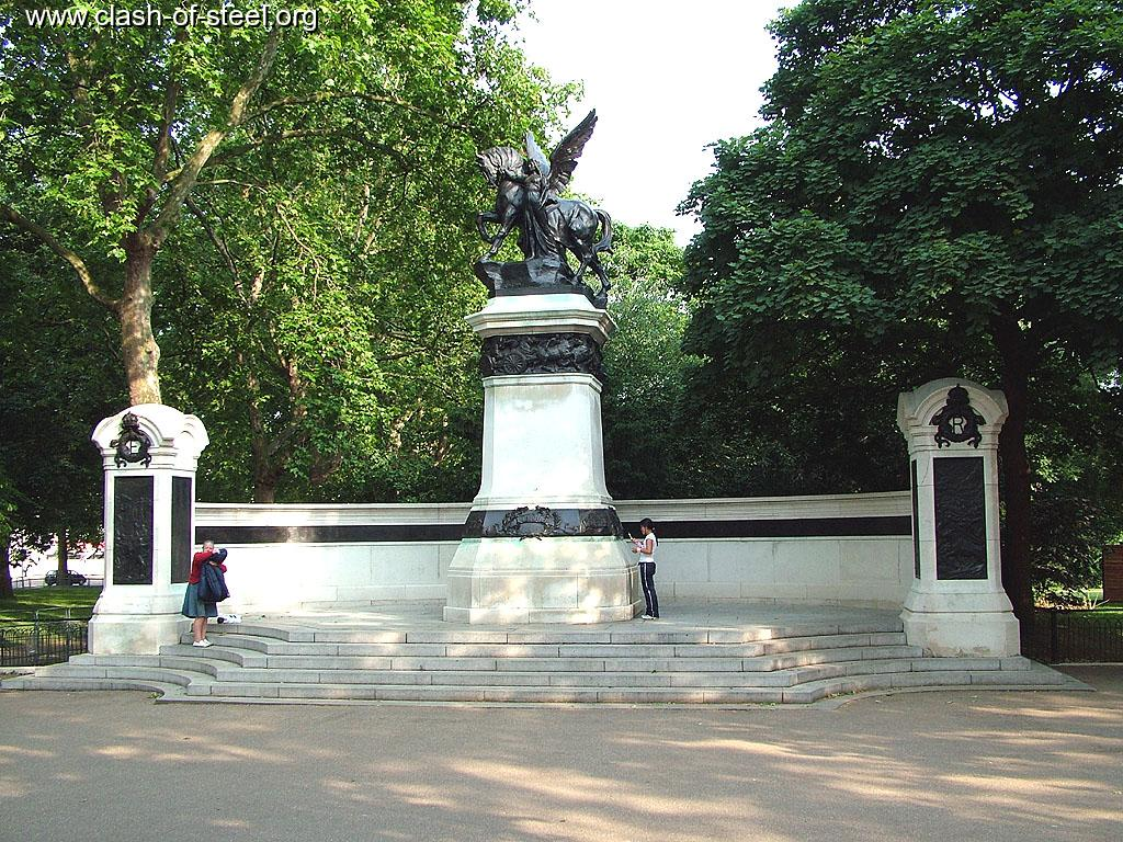 Royal Gate Dodge >> Clash of Steel, Image gallery - Royal Artillery South Africa Monument, London.