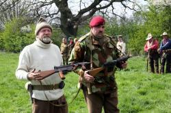 Firepower through the ages - WW2 Mk5 Sten guns - MUR3_ftasten