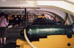 HMS Victory, middle gundeck